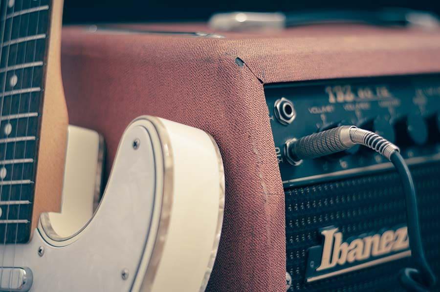 Amplificatore chitarra spinotto ingresso