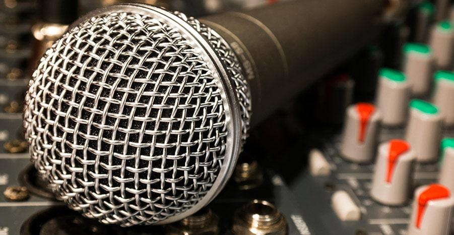 Microfono-per-Karaoke