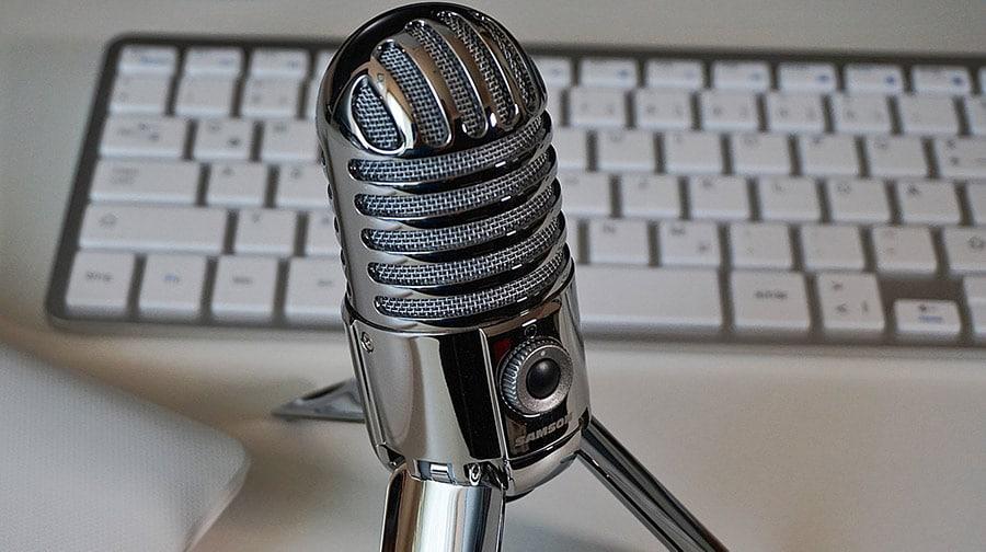 microfono con trepiede youtube