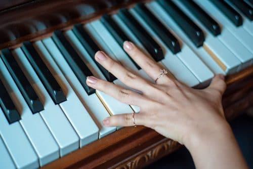 Migliori Pianoforti Digitali Professionali : I Top 3 Del 2020