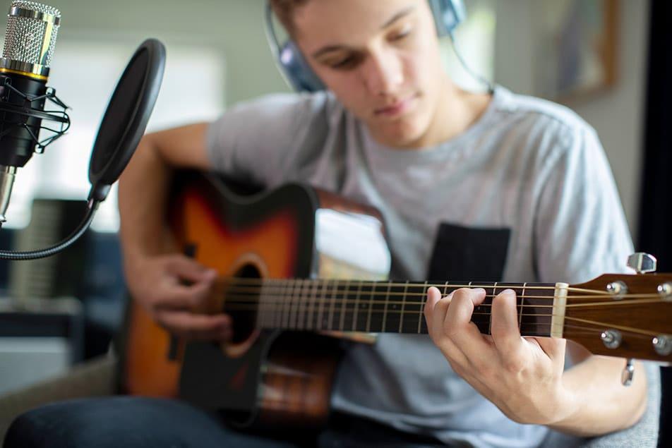 registrare chitarra acustica