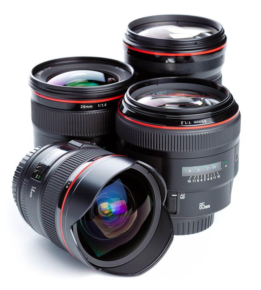 diversi obiettivi per fotocamere