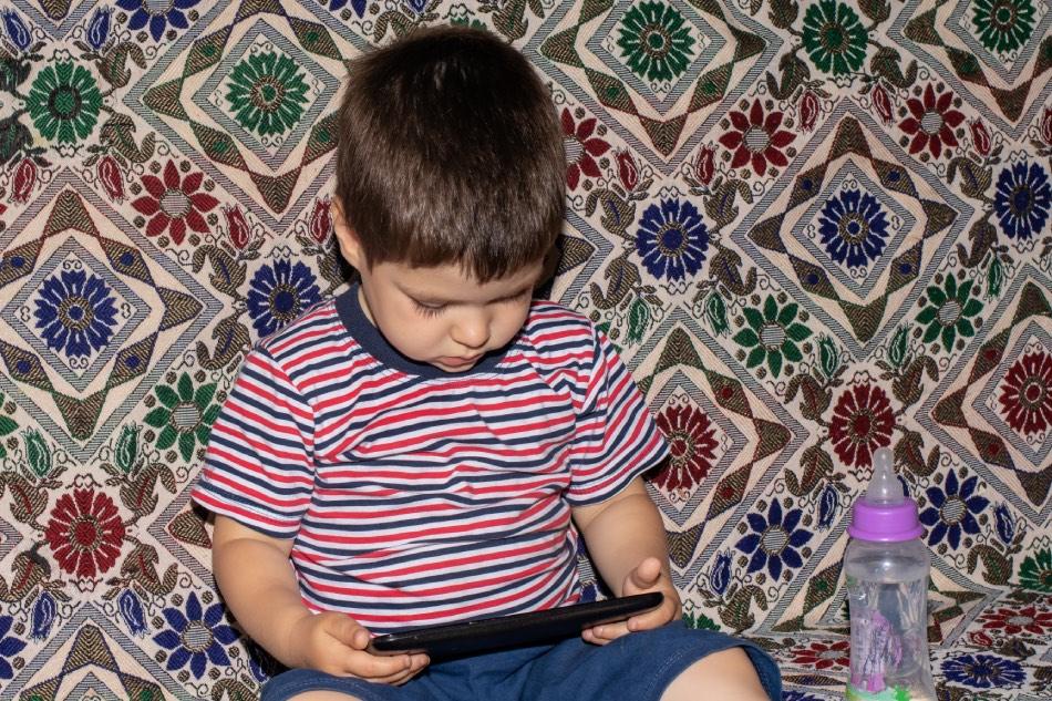 tablet bambini scuola materna